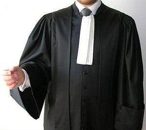 robe-toge-avocat-300x268